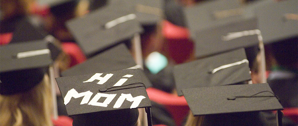 "Graduation hats with ""Hi Mom"""