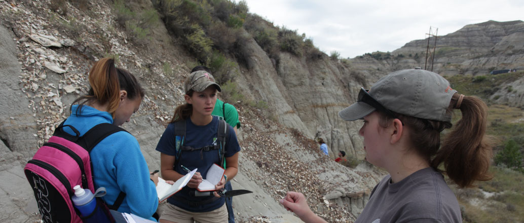 UND geologists at Hell Creek