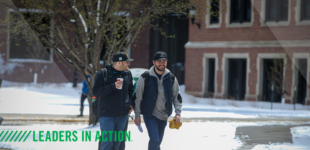 UND students heading to class