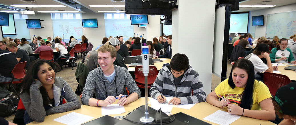 Students in UND's SCALE-UP Classroom