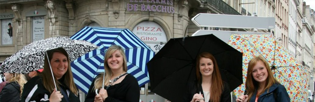 UND Students in Italy