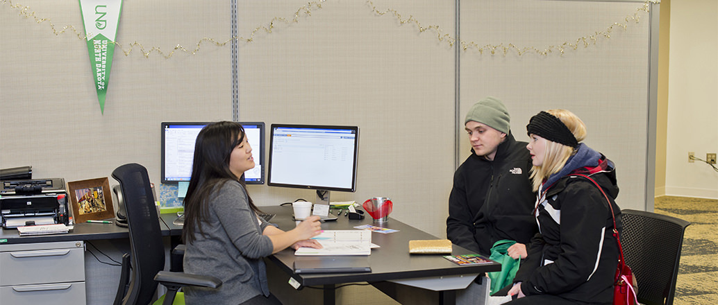 Students getting help at One-Stop Student Services
