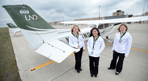 2014 Air Race Classic team, left to right: Amy Warbalow, Carly Namihira and Jen Pinkowski. Photo by Jackie Lorentz.